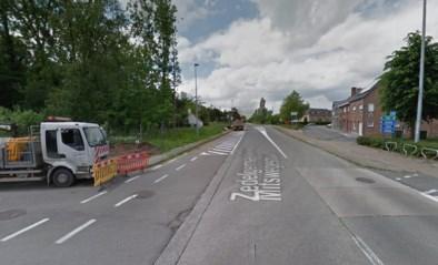 Kruispunt lange tijd afgesloten, rijweg wordt smaller en veiliger