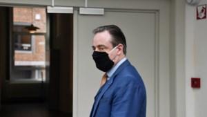"""Bart De Wever: """"Paul Magnette moet zijn fatale fout inzien"""""""