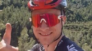 """'Spanjaard' Tosh Van der Sande mag na 48 dagen lockdown opnieuw buiten fietsen: """"Meteen het geitenpad omhoog"""""""