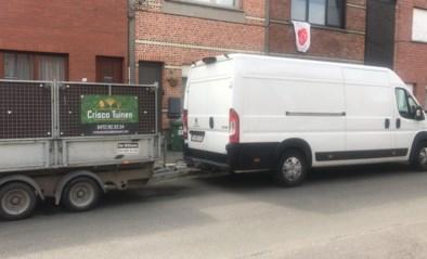 """Onbekenden roven werkmateriaal uit camionette van zelfstandige hovenier: """"Slot er gewoon uitgeboord"""""""