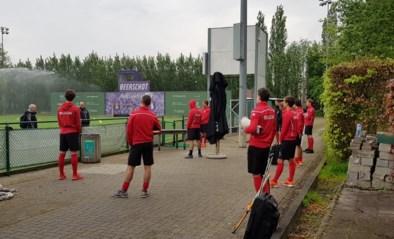 """Red Lions trainen opnieuw gezamenlijk na de lockdown: """"Hockey is een knuffelsport"""""""