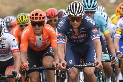 """Mathieu van der Poel hoopt dit jaar nog te koersen, mountainbiken en crossen: """"Jammer dat ik niet naar de Tour kan, maar verrassend was het antwoord niet"""""""