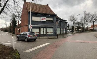 Gemeente koopt voormalig café in Den Hout toch aan