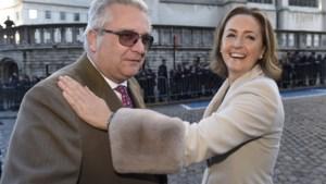 """Rampspoed voor gezin van prins Laurent door slepende ziekte van Claire: """"Ik moet goed voor mijn vrouw zorgen nu"""""""