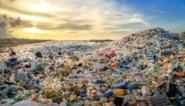 Lage olieprijs maakt nieuw plastic goedkoper dan gerecycleerd