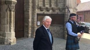 Veteraan George (98), de Vlaamse captain Tom, krijgt heldenontvangst in Poperinge
