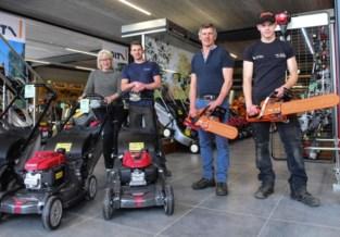 Eindelijk eerste klanten in tuinmachine-showroom