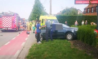 Motorrijder overleden na zwaar ongeval, bestuurster auto zwaargewond