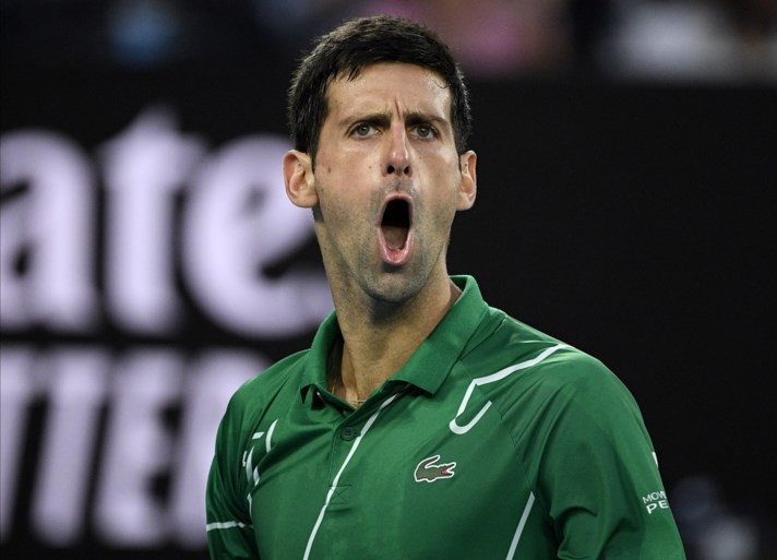 """Toptennisser Novak Djokovic onder vuur na bizar interview op Instagram: """"Dit is gewoon gevaarlijk"""""""
