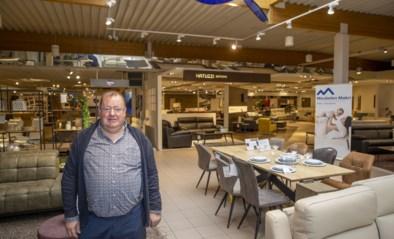 """Meubelwinkel Makri heropent: """"Eindelijk, want meubels koop je niet op internet"""""""