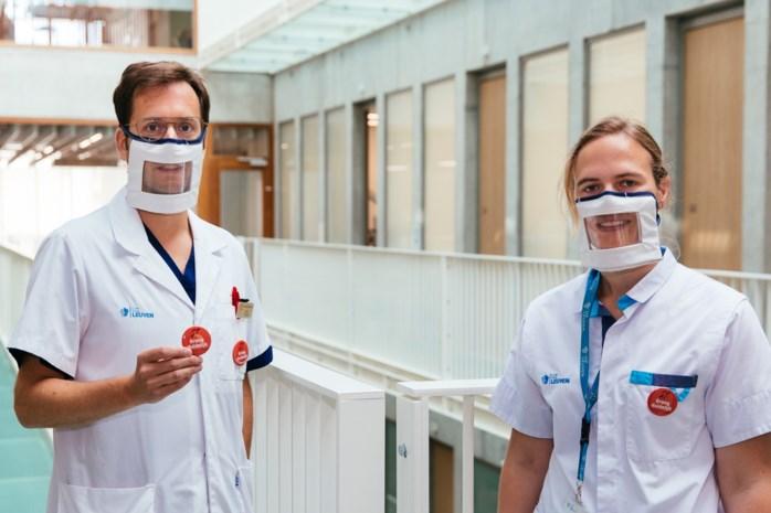 UZ Leuven ontwerpt badge om communicatie met slechthorenden te verbeteren
