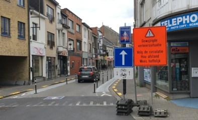 """Handelaar Van Landeghemstraat boos: """"Mensen geraken hier niet meer"""""""