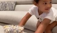 Kylie Jenner daagt dochter (2) uit geen chocolaatje te nemen en haar reactie zal je verbazen