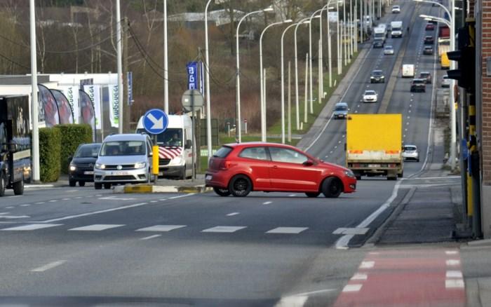 Koning auto maakt plaats voor fiets en bus na herinrichting Ninoofsesteenweg