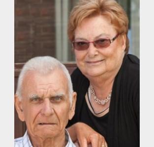 """Valère (85) en Emma (82) verloren in vier dagen allebei de strijd tegen corona: """"Hand in hand nam papa afscheid van mama"""""""