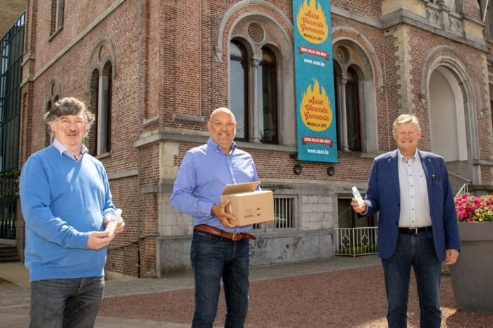 Brouwerij schenkt 5.500 flesjes handgel aan gemeente