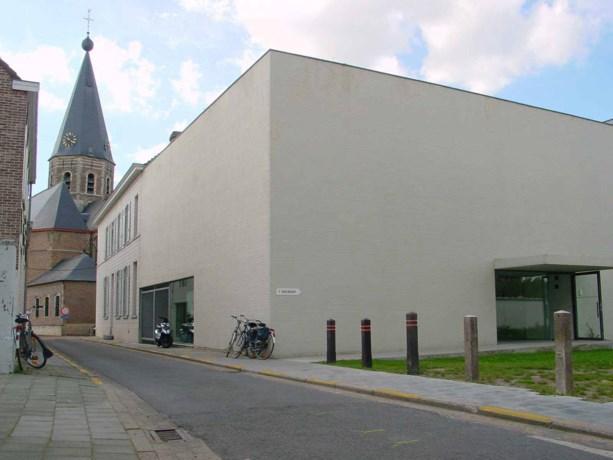 Raveelmuseum woensdag weer open