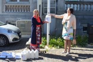 Conforma schenkt 1.250 liter desinfecterende handgel aan de gemeente