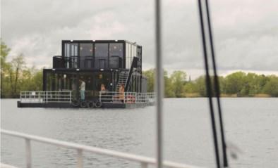 Drijvend restaurant meert aan in Kessel
