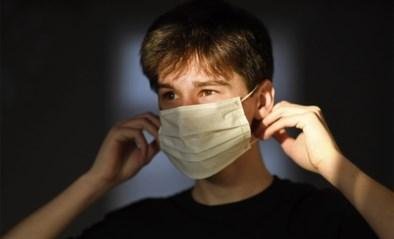 """Damme verdeelde al 500 filters voor zelfgemaakte mondmasker: """"Voldoende voorraad"""""""