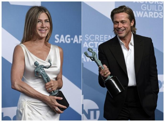 Jennifer Aniston draagt nog steeds haar verlovingsring van Brad Pitt