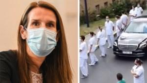 Waarom Brussels ziekenhuispersoneel premier Wilmès de rug toekeerde en er nu zelfs gedreigd wordt met staking
