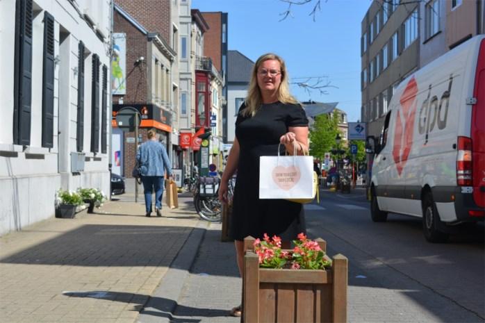 """Heisa over bloembakken in winkelstraten, maar """"eigenlijk is er niets aan de hand"""""""
