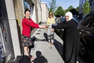 Moslims koken voor de buren