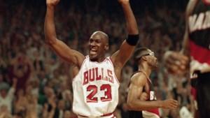 """Voormalige ploegmaat Michael Jordan: """"90% van documentaire The Last Dance is bullshit"""""""