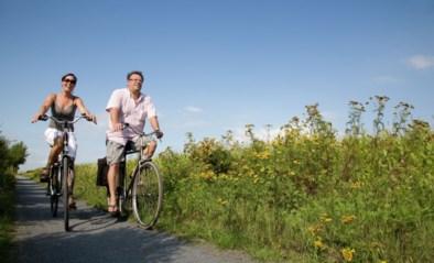 Ontdek twee nieuwe Feniksfietsroutes langs de wederopgebouwde Diksmuidse dorpen