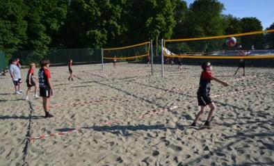 Volleybalclub hervat de trainingen, maar dan wel op beachterreinen
