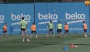 De 'rondo' waarbij je niet achter de bal wil aanhollen: Messi en co tikken twee ploegmaats helemaal gek