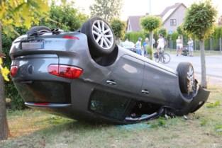 Politieachtervolging aan 170 kilometer per uur eindigt met zware crash in woonwijk