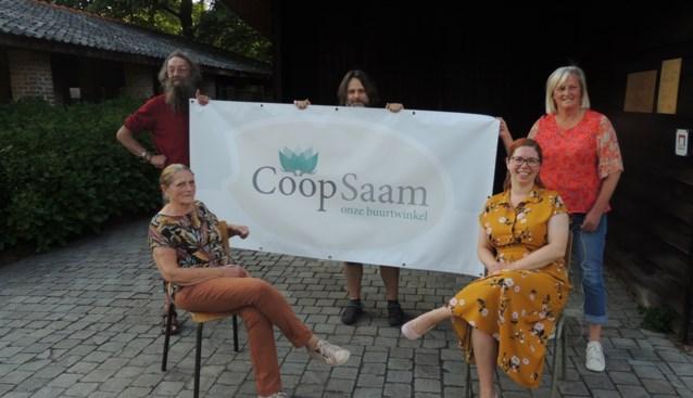 """Nieuwe Essense buurtwinkel CoopSaam verkoopt lokale en duurzame producten: """"Vijftien klanten was goed geweest, het zijn er al 51"""""""