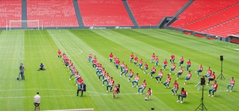 Mooie beelden: cultspits Aduriz vraagt intiem afscheid, maar krijgt indrukwekkend eerbetoon van Athletic Bilbao