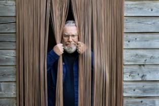 """Wim Opbrouck zal kijkers door historisch Sinksen20 leiden: """"Het wordt de vreemdste editie ooit, maar ik heb er wel veel zin in"""""""