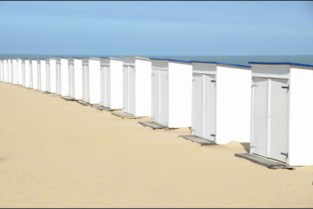 Zonnen aan je cabine in Knokke, geen sprake van opbouw in Blankenberge: wat mag en wat niet aan de Oostkust?