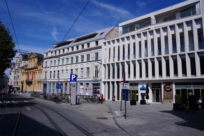 Supermarktoorlog op duurste plein: Albert Heijn wil winkel openen tussen Delhaize en Cru