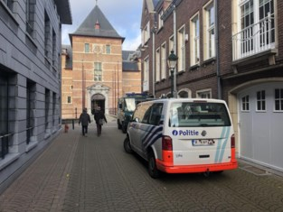 Politie vindt 170 gram speed in vriesvak, maar veertiger betwist opzetten drugslabo