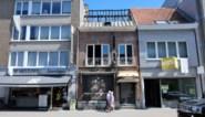 Eigenaar afgebrande kledingzaak botst met gemeente over bouw flats