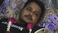 """Man die vliegtuigcrash in Pakistan overleefde: """"Ik zag alleen maar rook en vuur, overal schreeuwden mensen"""""""