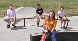 Skaters leren vallen op hun nieuw parcours