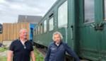 """Vrienden Peter (55) en Philip (54) maken na dertig jaar hun droom waar: """"Nog dit najaar op café in oude trein"""""""