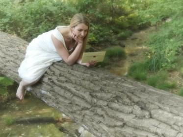 Van kwade ex in 'Dertigers' naar ondeugende schrijfster: hoe actrice Katrijn Govaert (36) voortaan passionele brieven stuurt