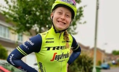 Elynor Bäckstedt breekt scheenbeen bij val op training