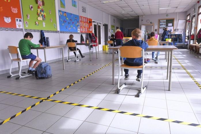 """""""We gaan leerlingen en ouders moeten teleurstellen"""": schooldirecteurs helemaal niet klaar om meer kinderen toe te laten"""