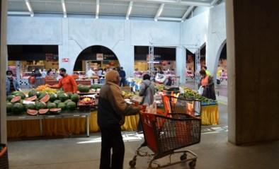 """Heibel met groenten- en fruithandelaars bij heropening van Abattoir-markt: """"Deze actie kunnen we nu missen als kiespijn"""""""