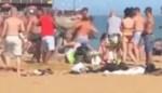 """Vechtpartij breekt uit op volgepakt strand (ondanks lockdown): """"Wat een idioten"""""""
