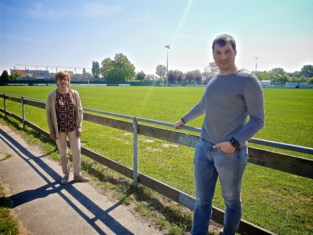 Gistel maakt terreinen klaar tijdens voetballuwe periode
