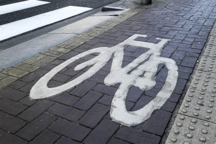 Fietser verrast door ledigingsdarm op fietspad